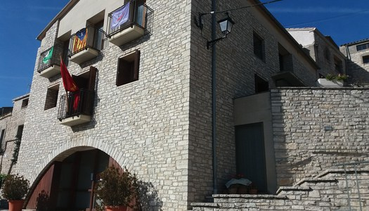 El Ple Municipal de l'Ajuntament d'Estaràs aprova inicialment els pressupostos pel 2018