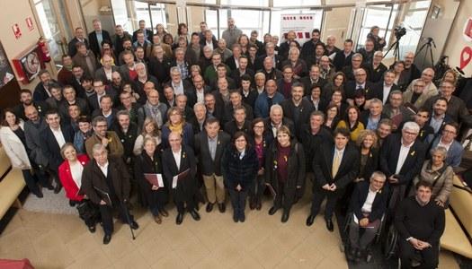 L'Ajuntament d'Estaràs present a l'assemblea General de l'Associació de Municipis per la Independència.